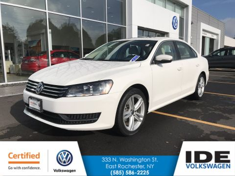 Certified Pre-Owned 2014 Volkswagen Passat SE w/Sunroof & Nav With Navigation