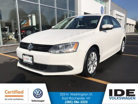 Certified Pre-Owned 2014 Volkswagen Jetta Sedan SE w/Connectivity/Sunroof PZEV FWD 4dr Car