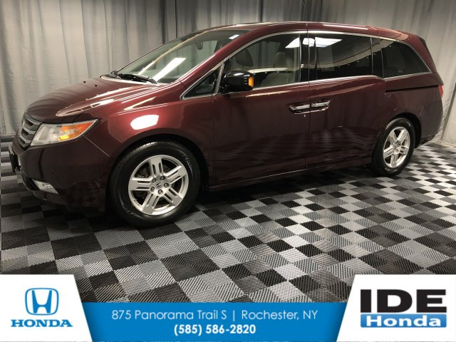 Pre-Owned 2013 Honda Odyssey Touring
