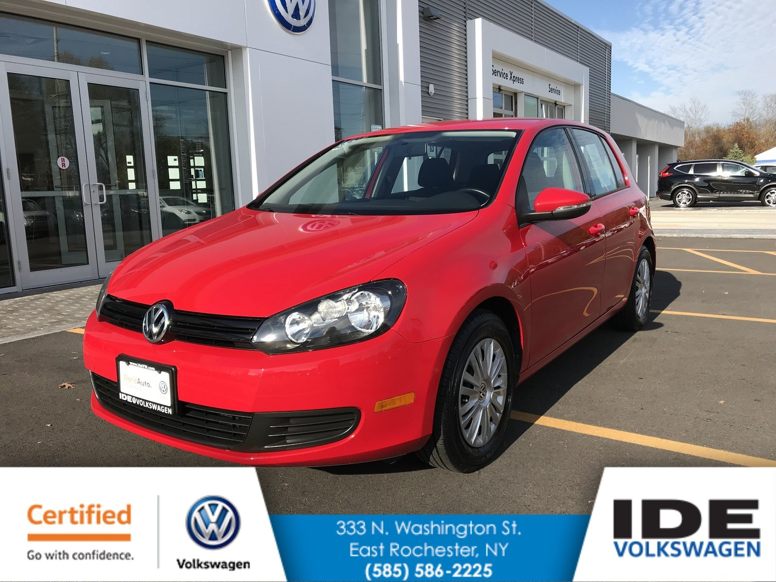 Certified Pre-Owned 2013 Volkswagen Golf w/Conv