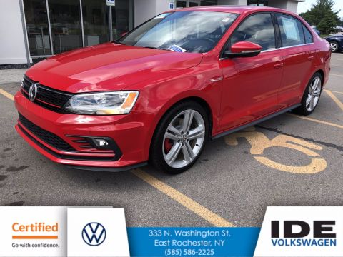 Certified Pre-Owned 2016 Volkswagen Jetta Sedan 2.0T GLI SE FWD 4dr Car