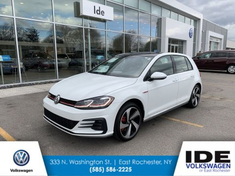 New 2019 Volkswagen Golf GTI SE FWD Hatchback