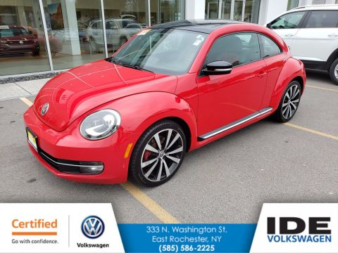 Certified Pre-Owned 2013 Volkswagen Beetle Coupe 2.0T Turbo w/Sun/Sound/Nav